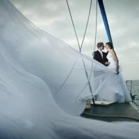 echtpaar op boot